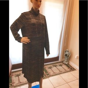 Kenzie long sleeve black & grey Maxie  dress